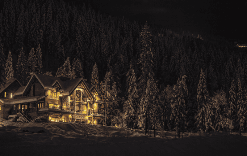 Stay in this luxury alpine lodge British Columbia