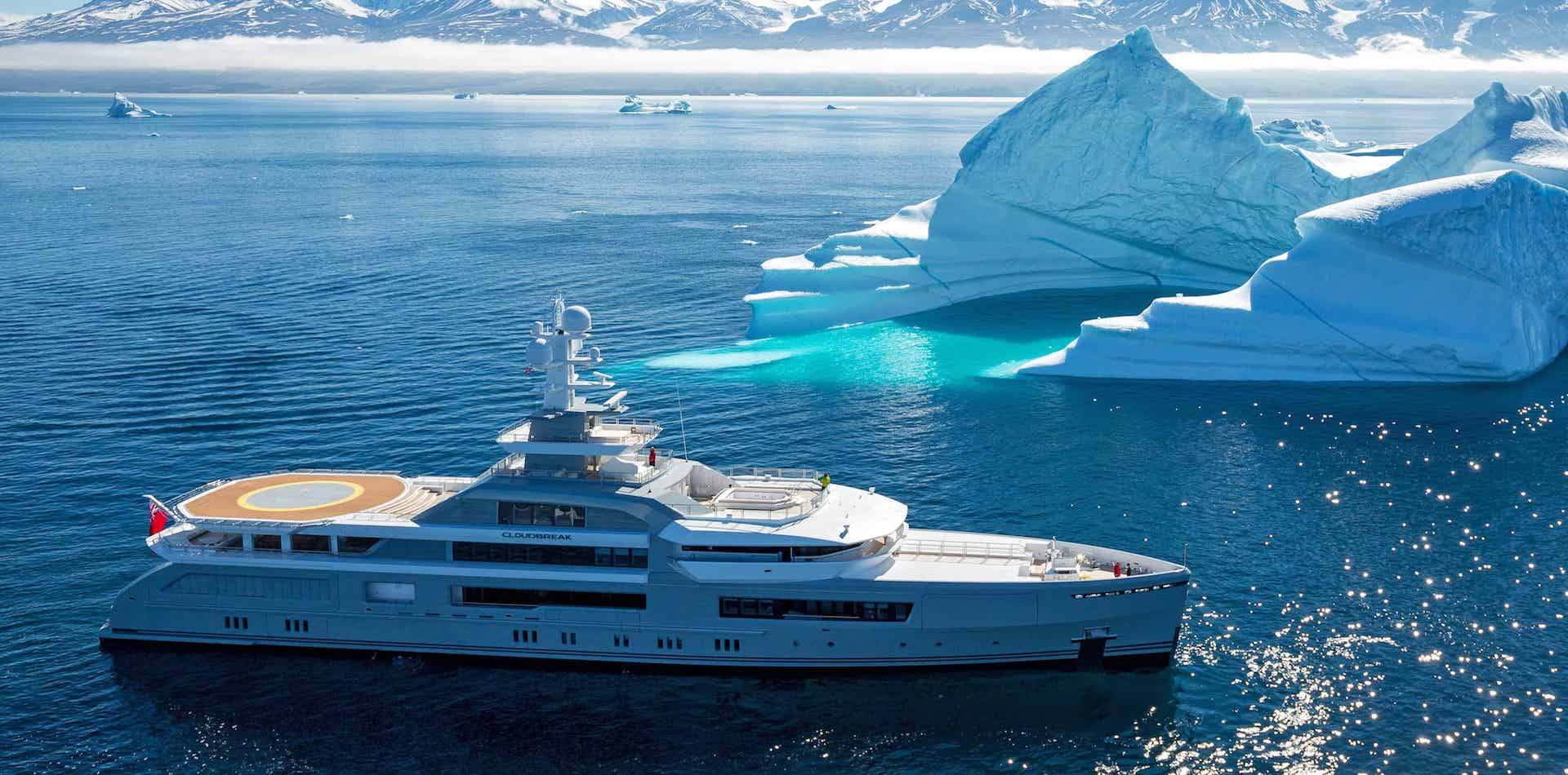 Cloudbreak Yacht in Greenland