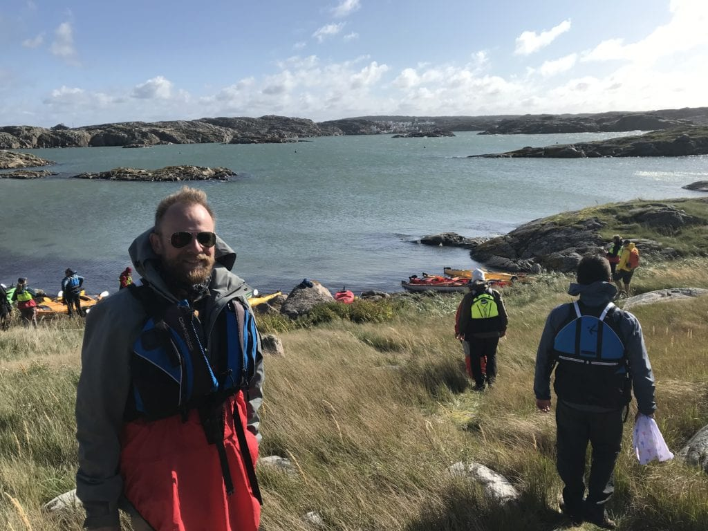 Anders pepper to embark on a kayak in Sweden