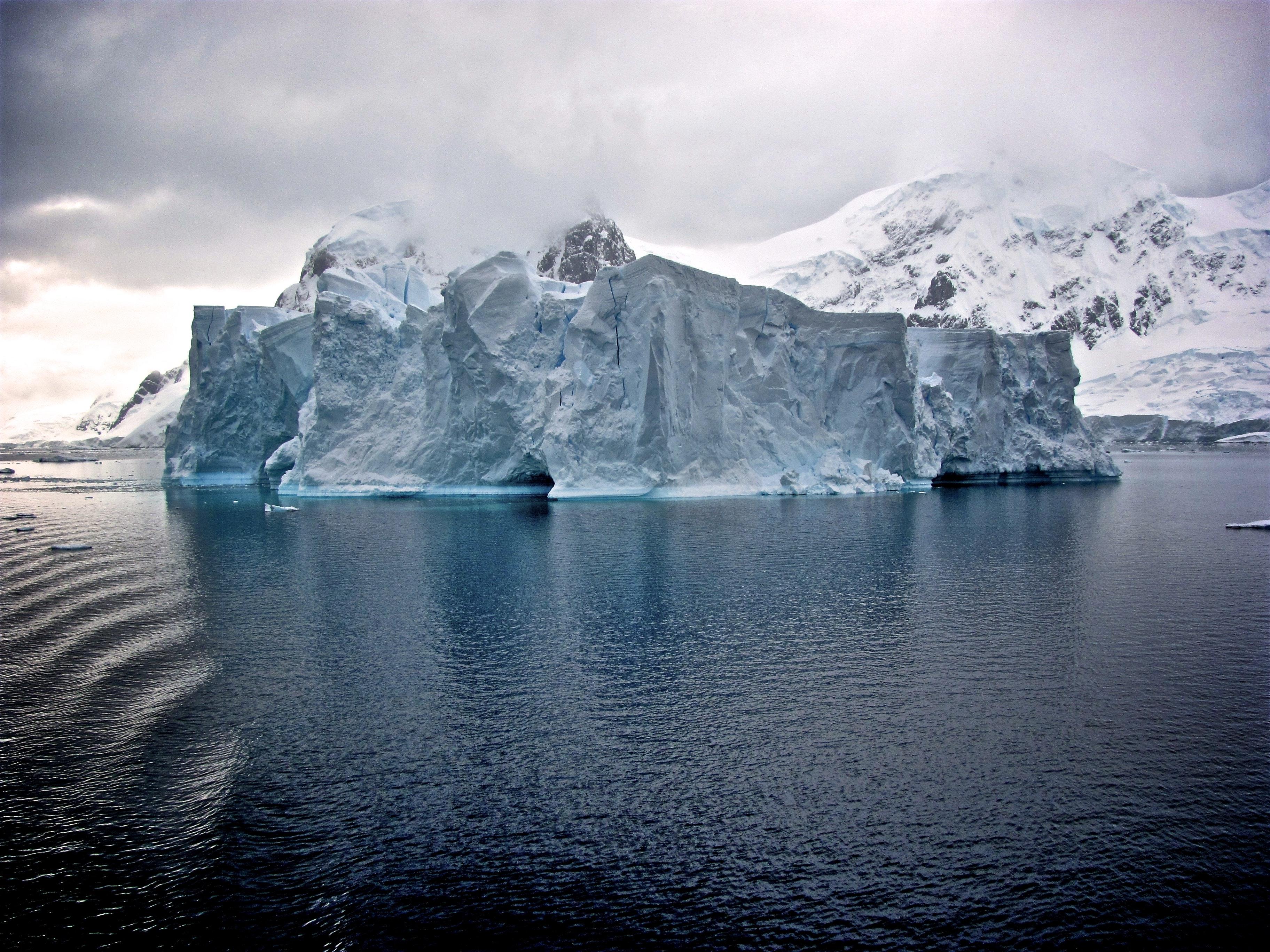 arctic-iceberg-water-cold