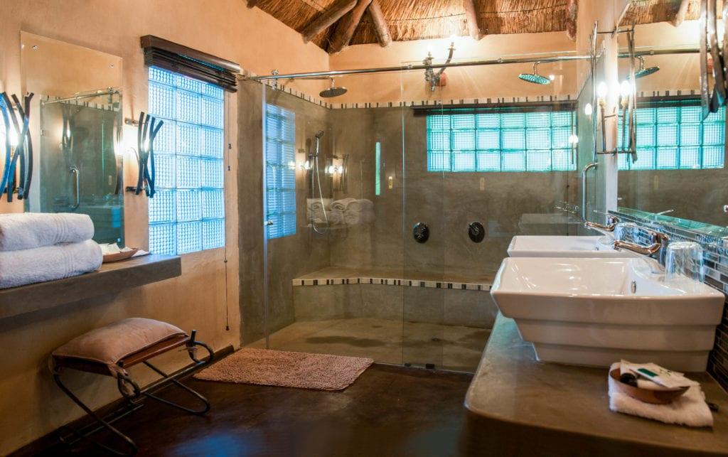 Bathroom Lodge