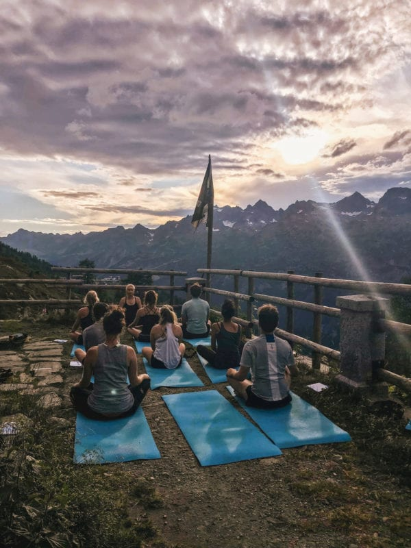 Marketing Executive Yoga Chamonix
