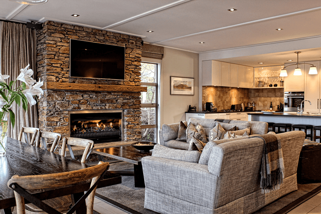 Lounge Area Eichardt's Private Hotel New Zealand