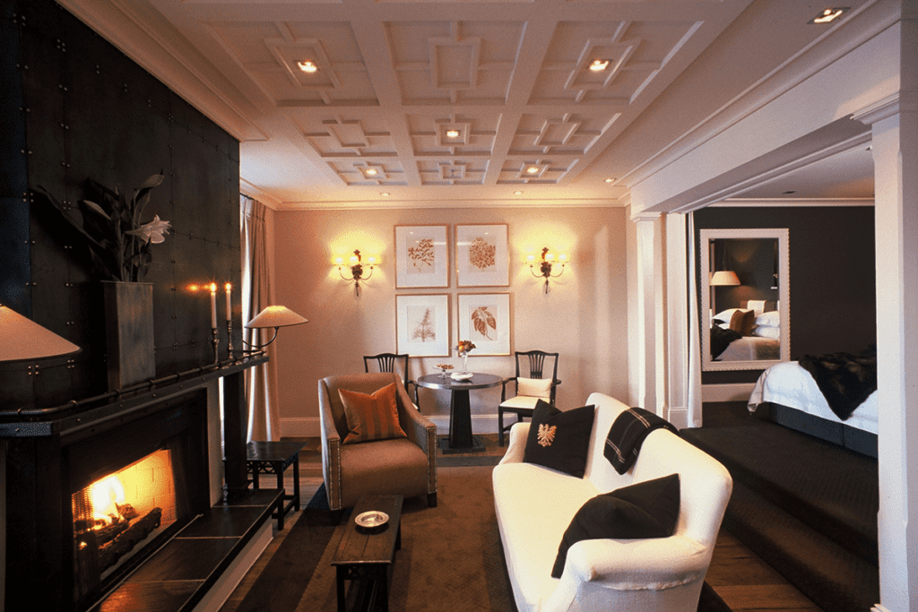 Eichardt's Private Hotel Seating Area with Fireplace New Zealand