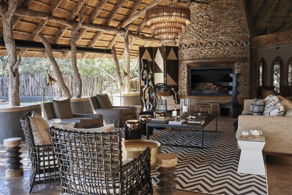 Pamu Lounge and Fire Place