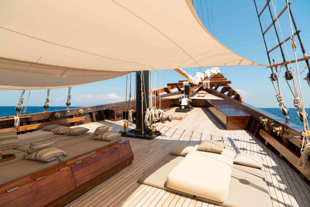 amandira yacht indonesia deck