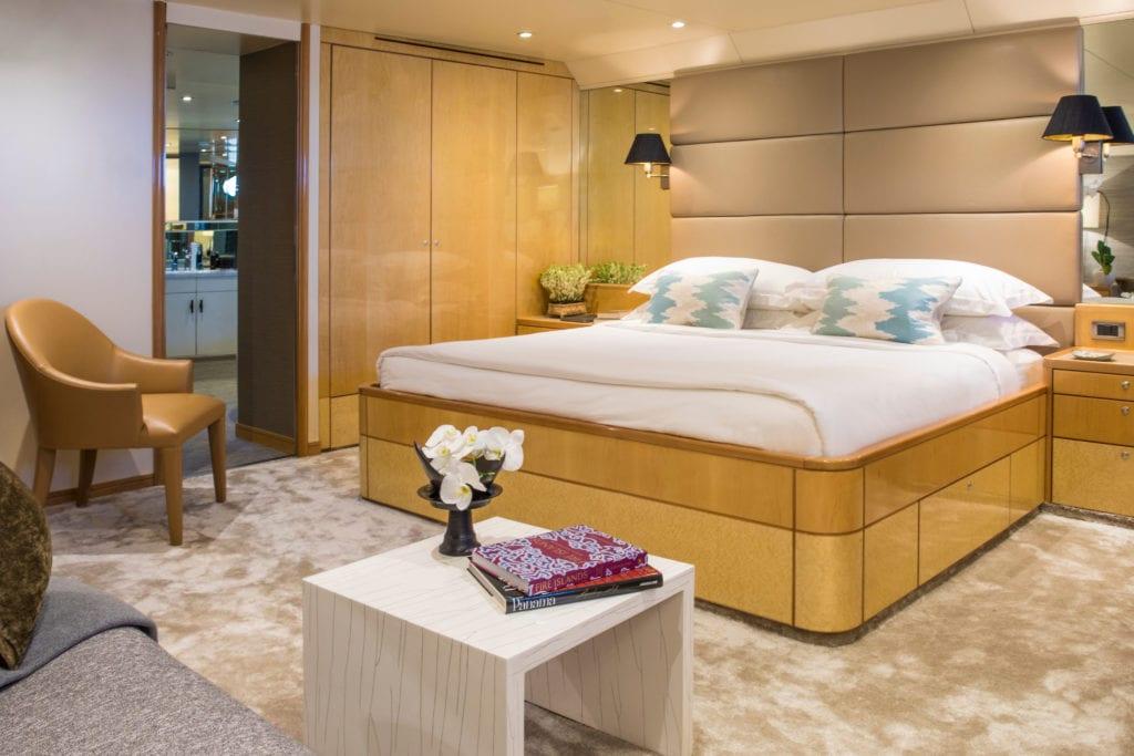 aqua blu yacht interior cabin