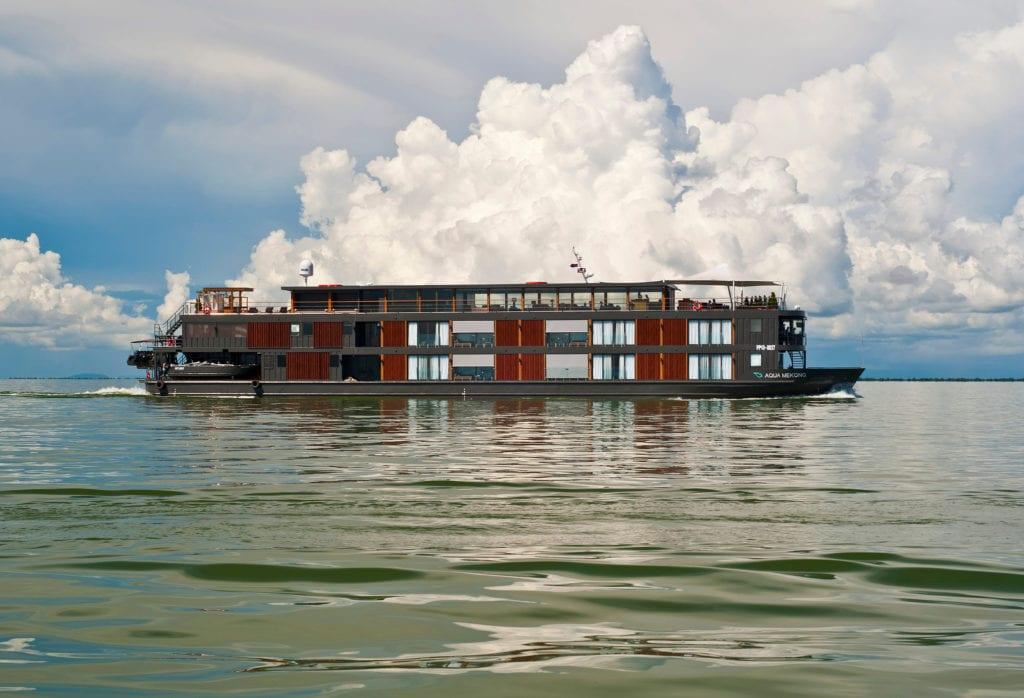 aqua mekong yacht exterior