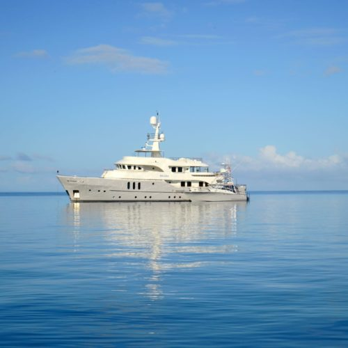 beluga yacht exterior profile
