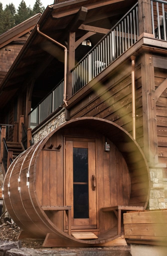 wooden exterior bison lodge