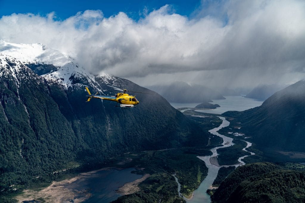 Heli flight over Chilean rivers