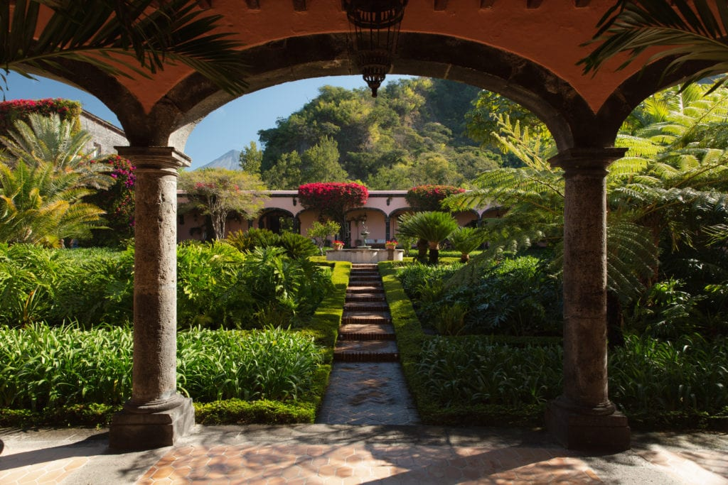 archway in garden at hacienda de san antonio