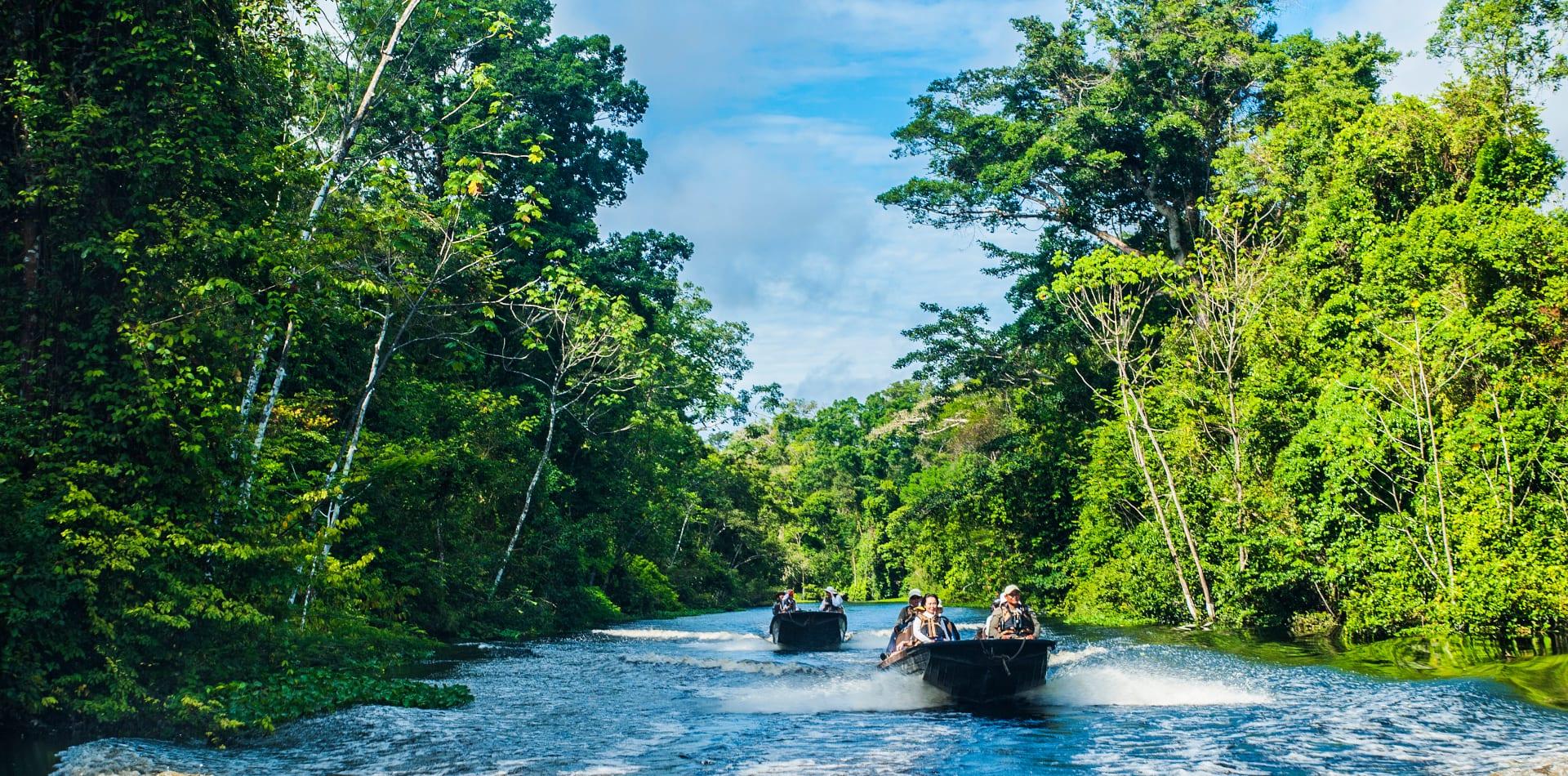 brazil amazon skiff boat