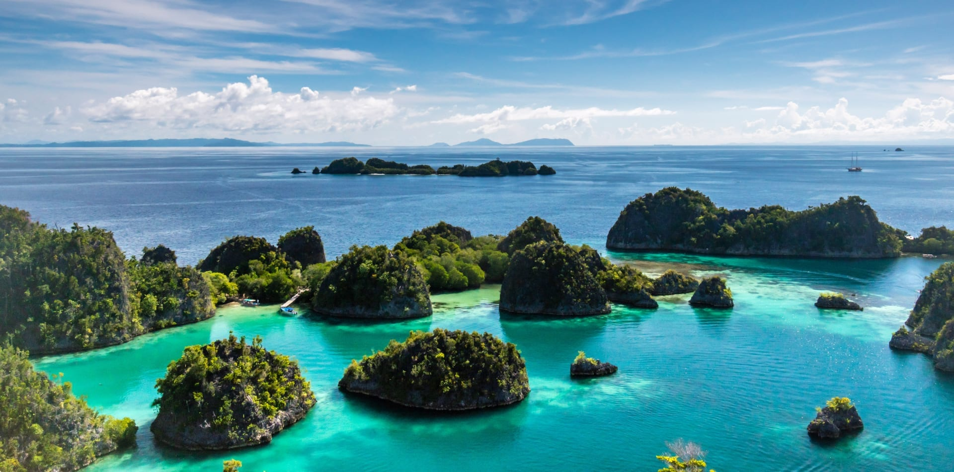 islands raja ampat indonesia