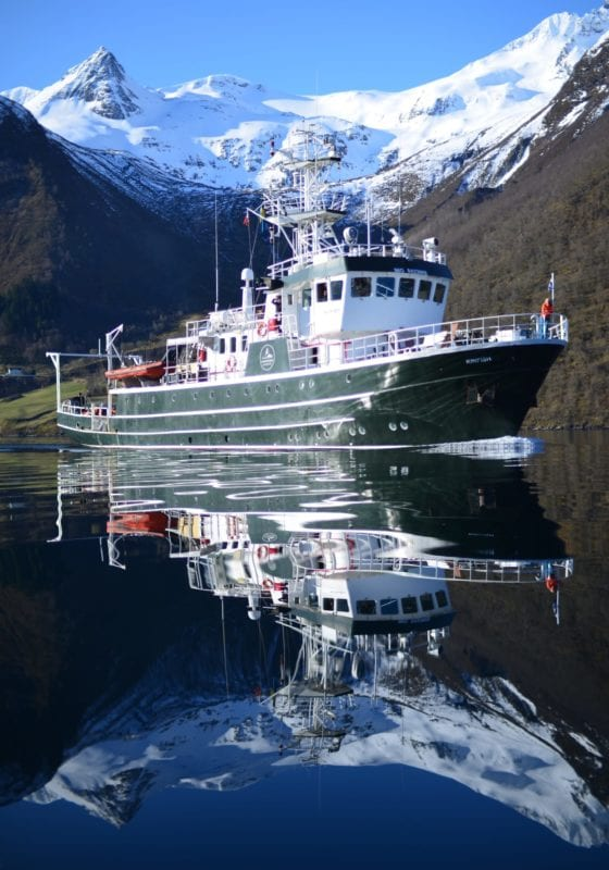 kingfish yacht svalbard exterior
