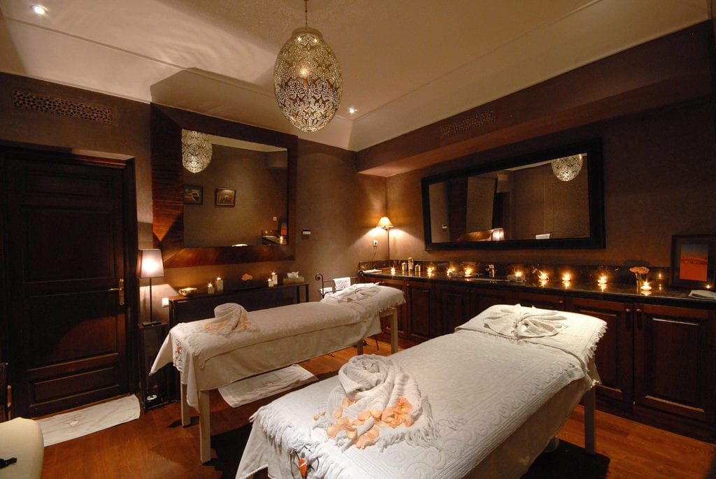 la villa des orangers massage room