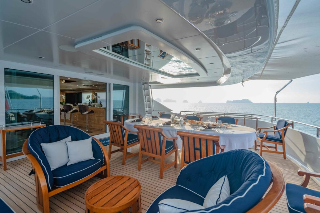 Lady Azul Yacht Exterior Dining