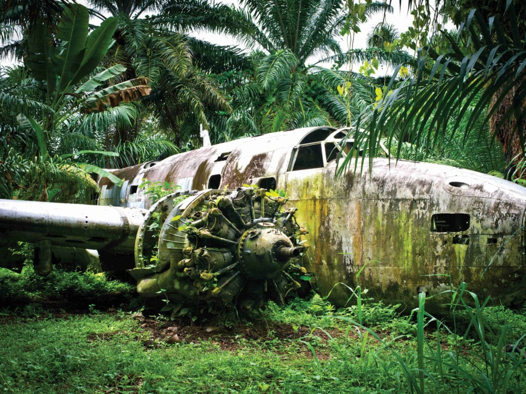 papua new guinea jungle plane wreck