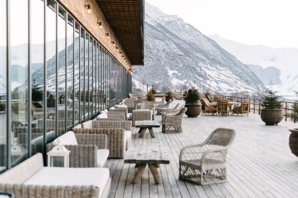 Rooms Hotel Kazbegi outdoor seating