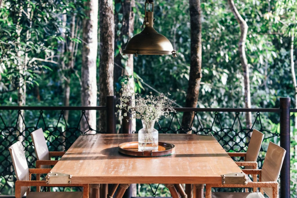 shinta mani wild dining table