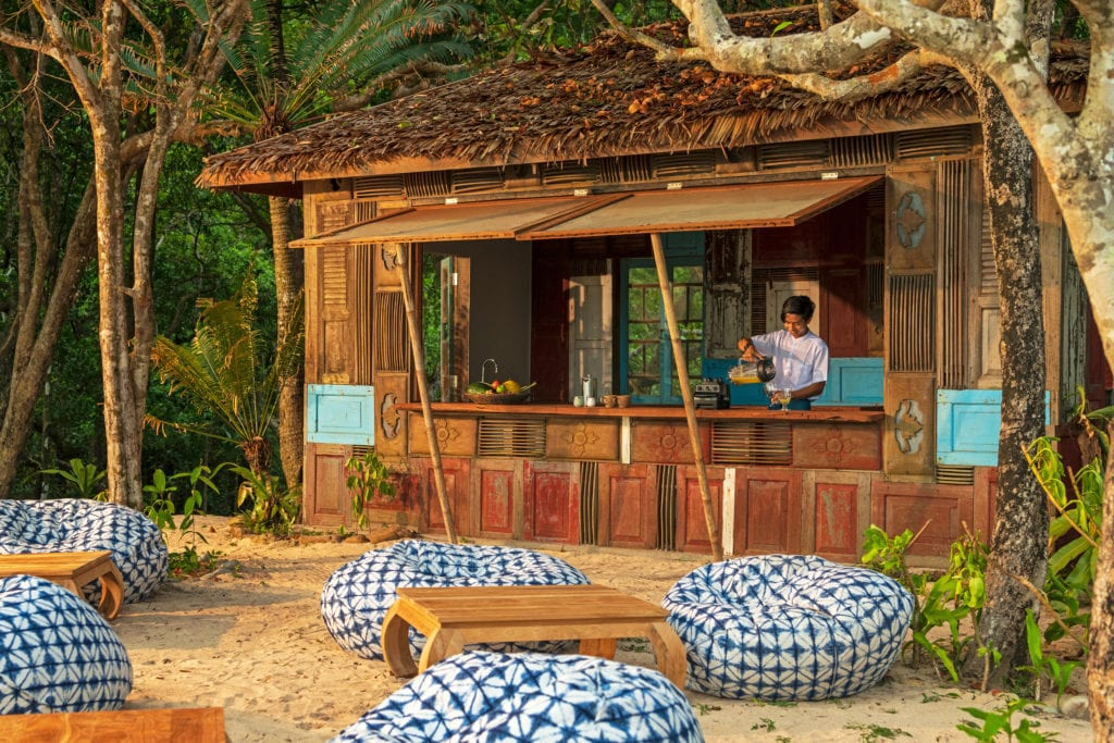 beach bar at wa ale resort