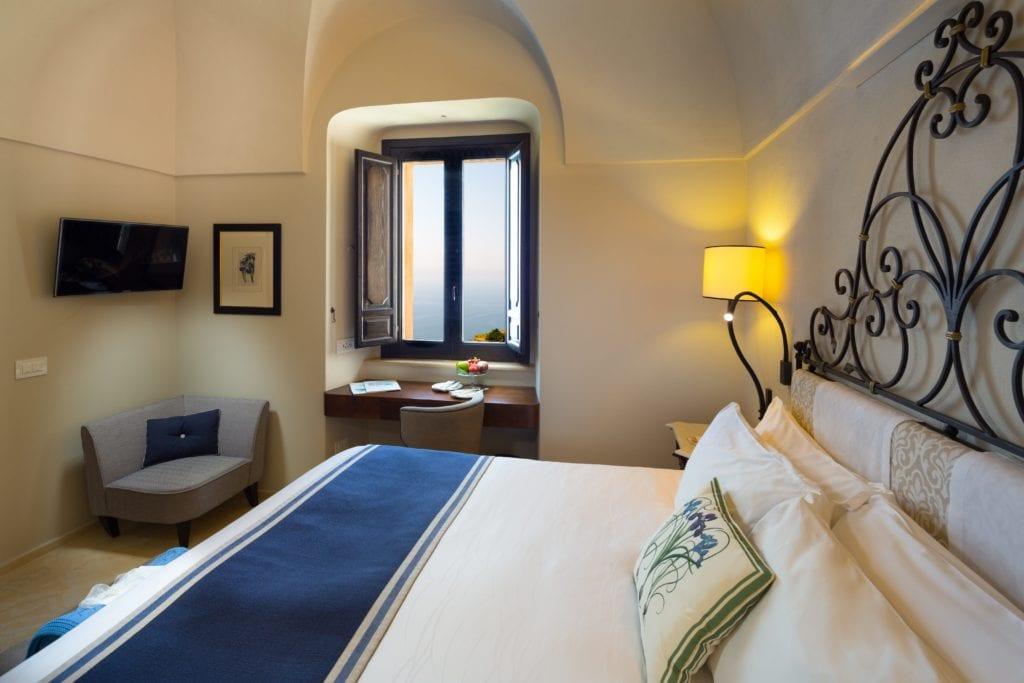 Amalfi Monastero Santa Rosa Deluxe Room