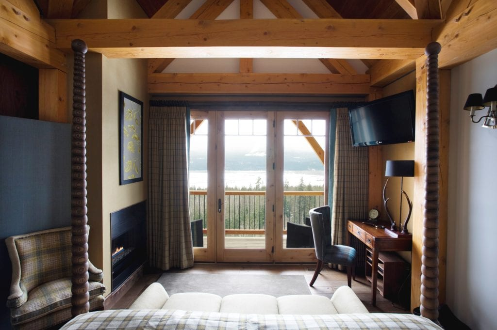 Canada Bighorn Chalet Bedroom Balcony