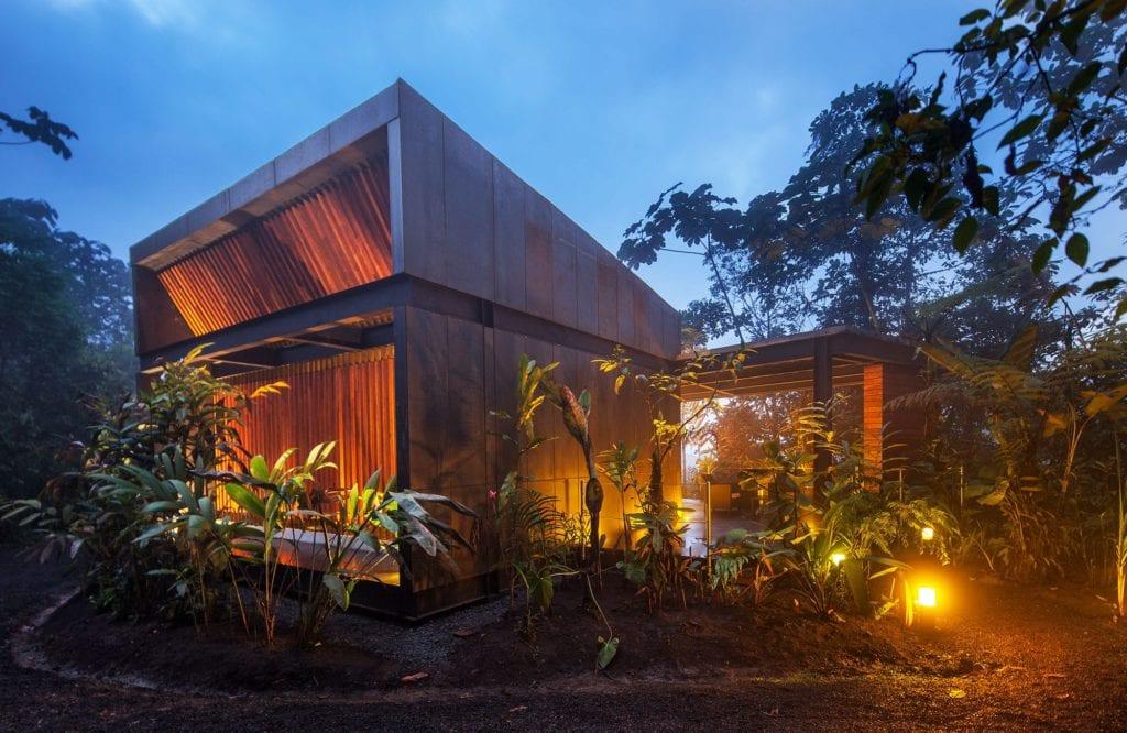 Ecuador Mashpi Lodge Exterior