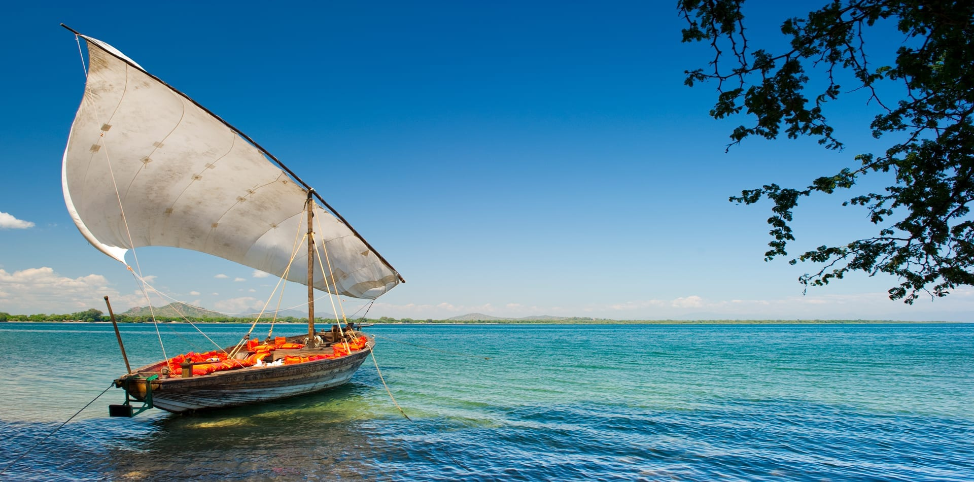 Malawi Pumulani Boat Experience