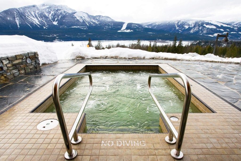 Canada Bighorn Outdoor Hot Tub