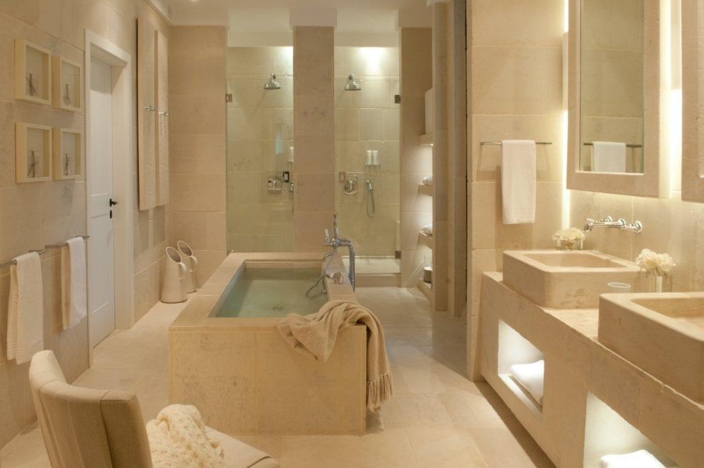 Puglia Borgo Egnazia Bathroom