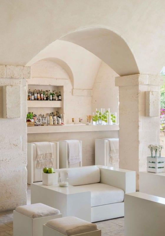 Seating area in a hotel bar in Puglia