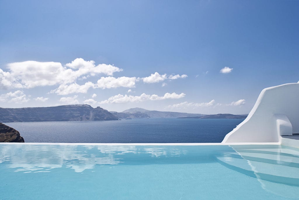 Andronis Luxury Suites infinity pool