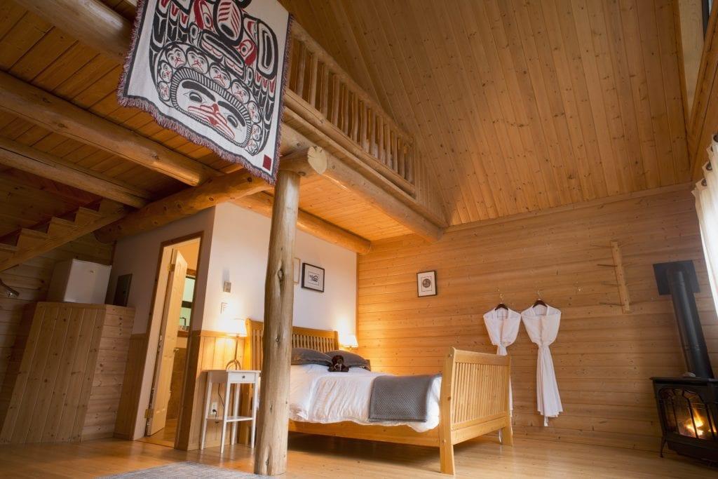 Canada Tweedsmuir Park Lodge Bedroom Interior