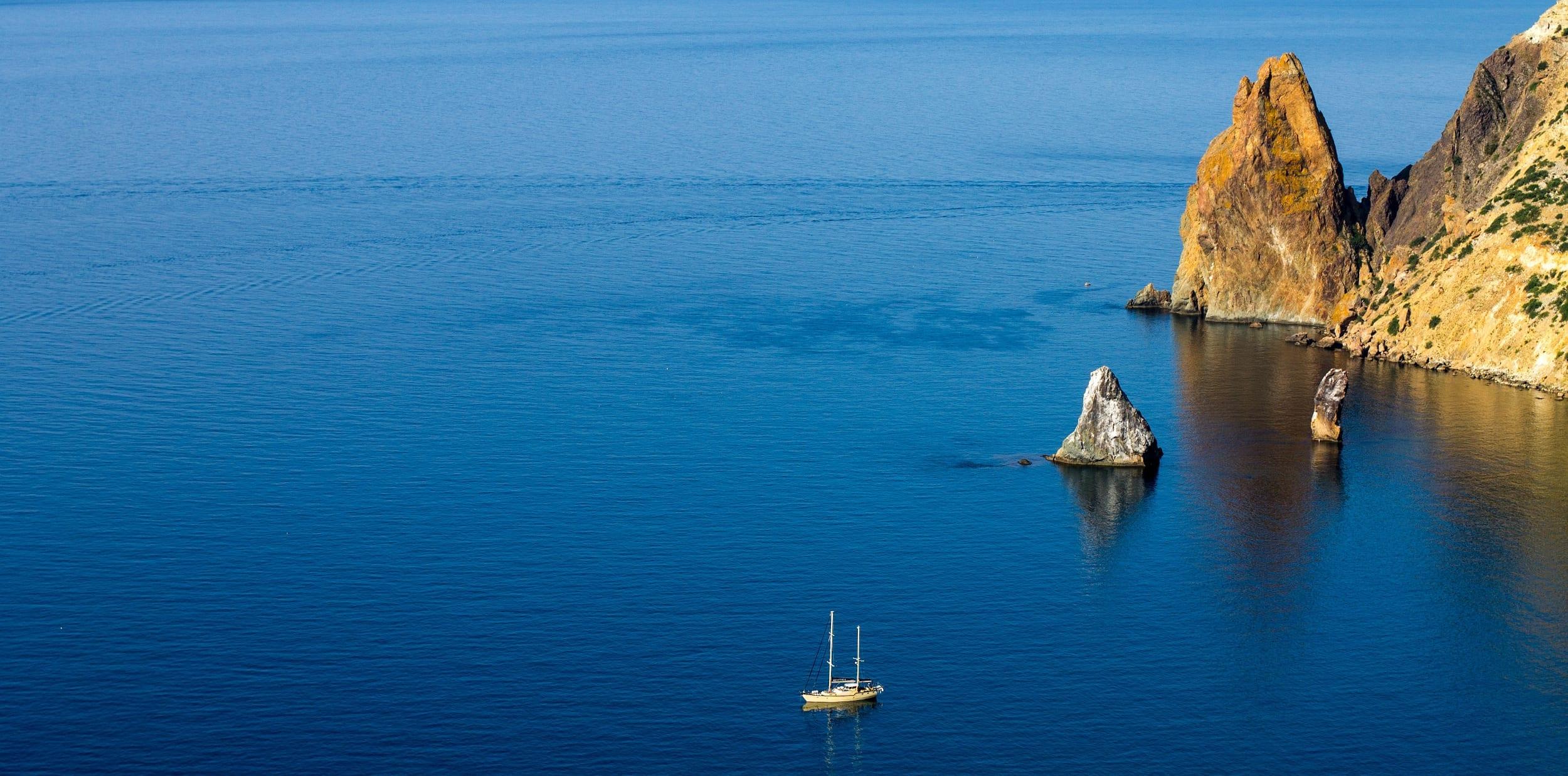 Crimean Peninsula Sailing Yacht