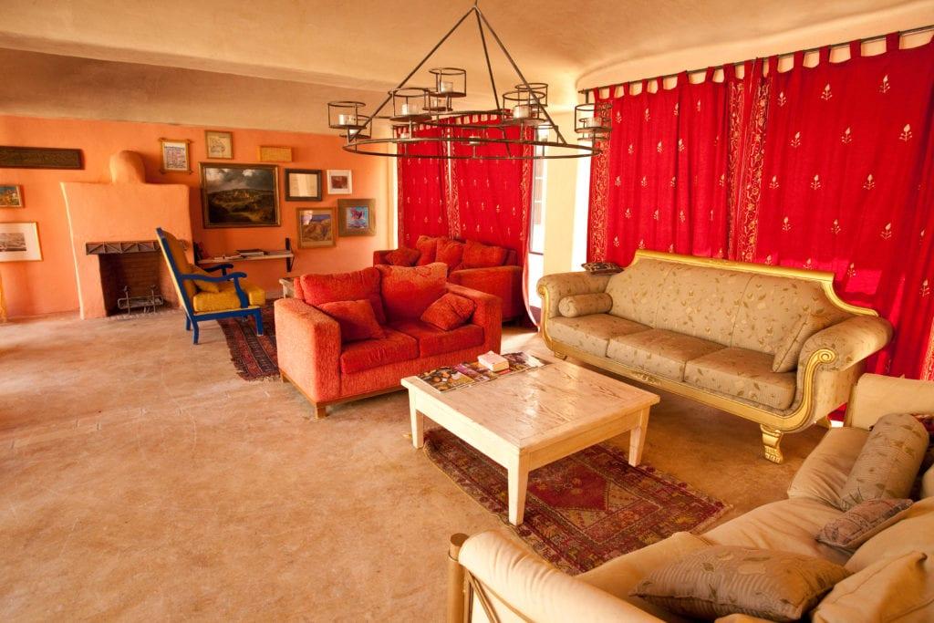lounge area fenyan ecolodge jordan