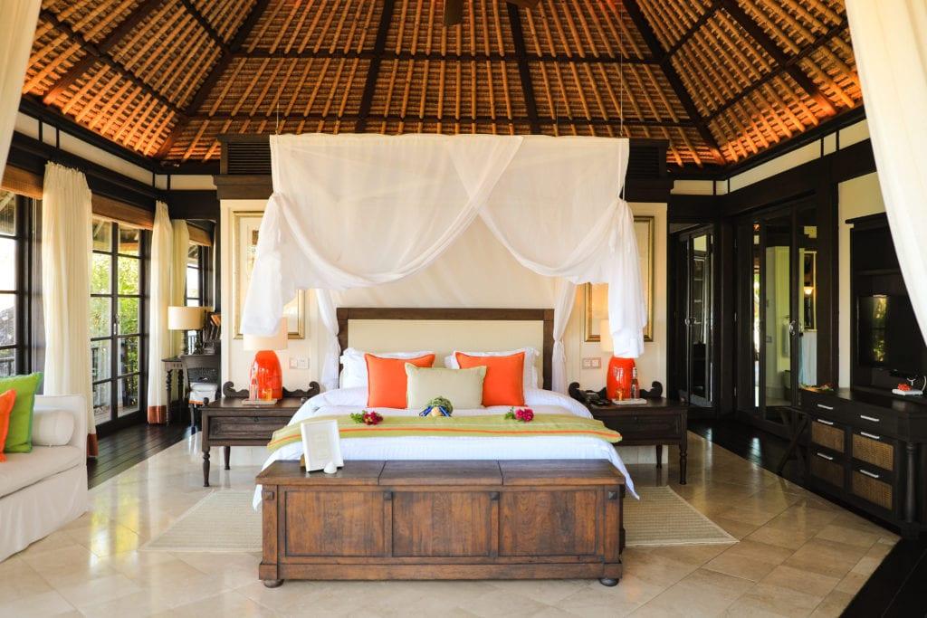 bedroom interior fregate island
