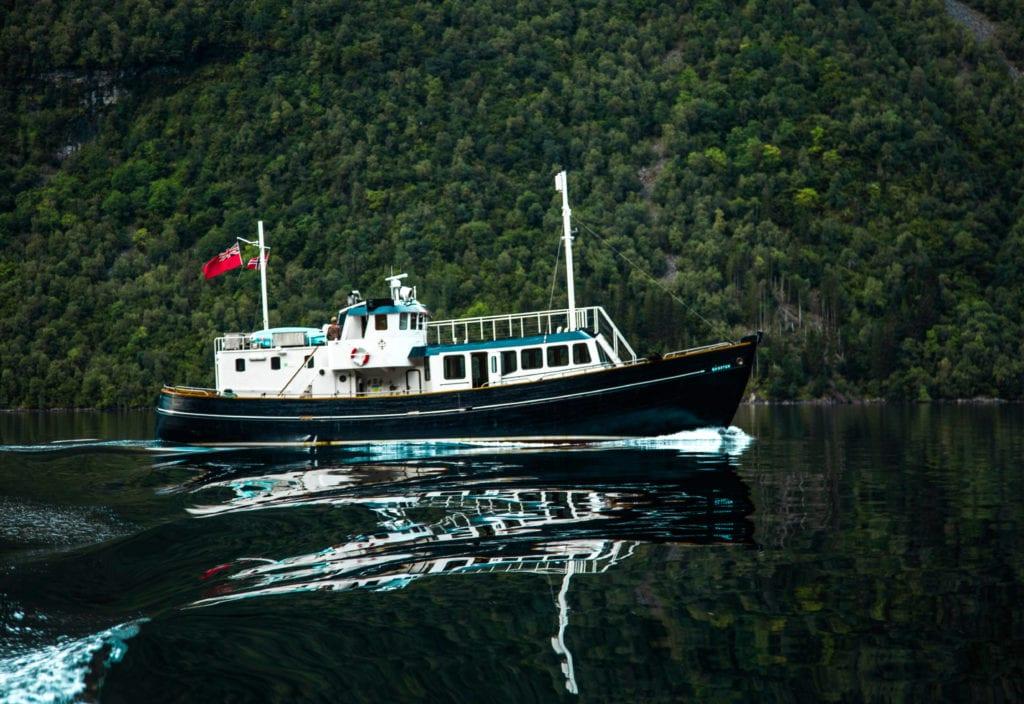 hms gassten yacht cruising Norway