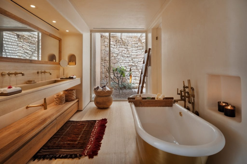 Israel Shaharut Bathroom