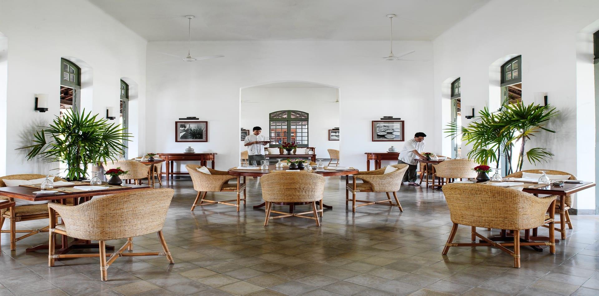 dining room amantaka laos