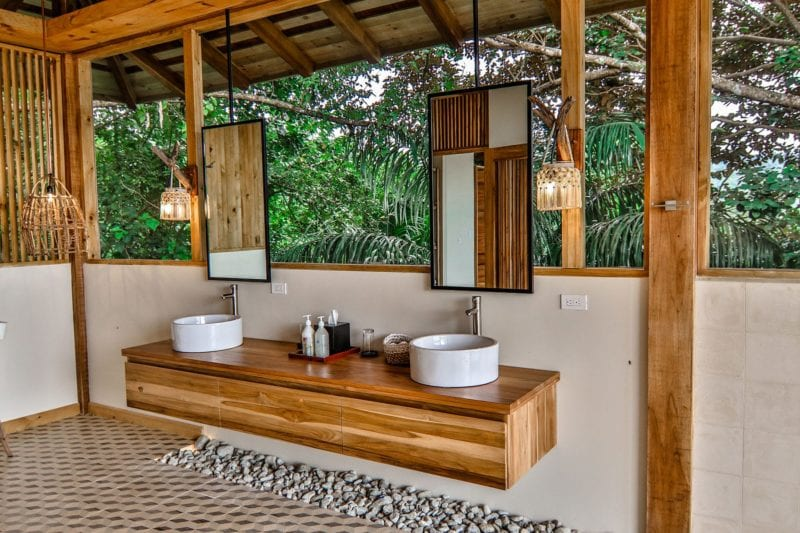 bathroom interior lapa rios costa rica