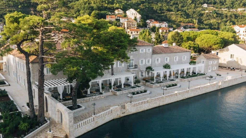 lazure hotel exterior montenegro