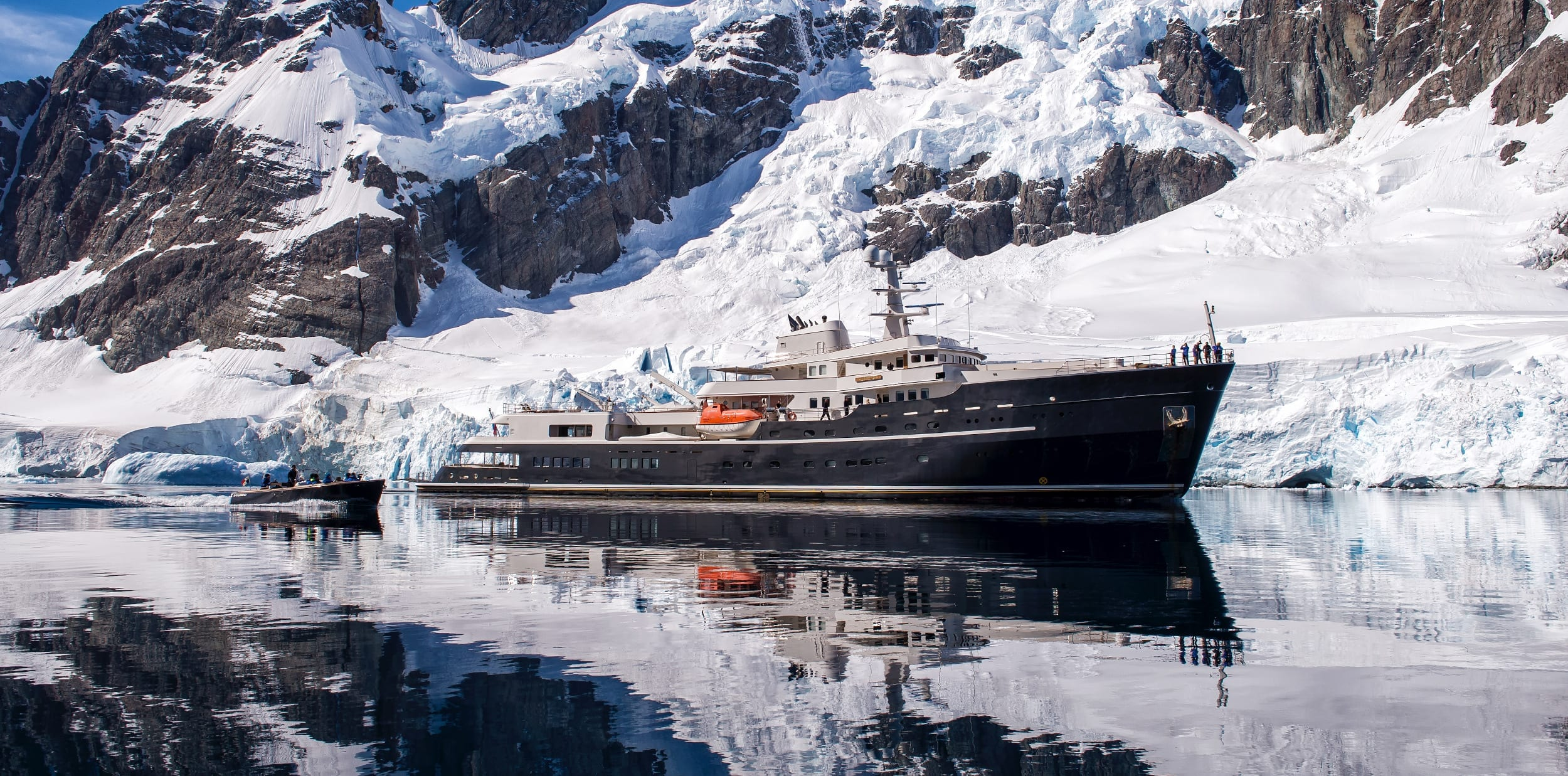 Legend Yacht Cruising in Antarctica