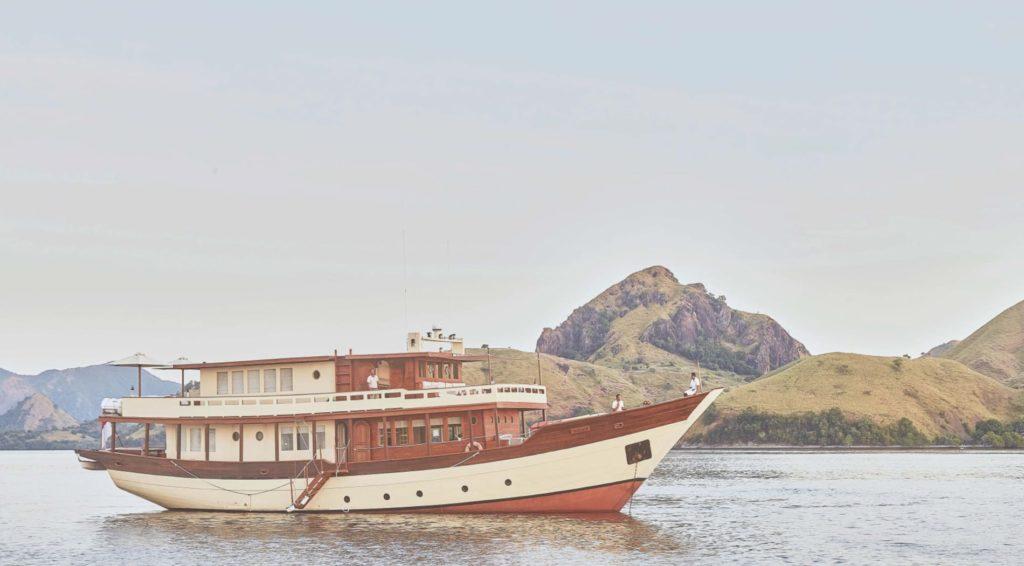 Exterior image of Mischief's starboard side