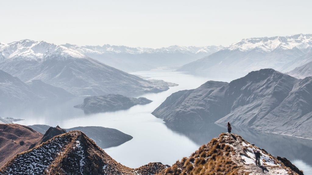 new zealand hiking views mountains