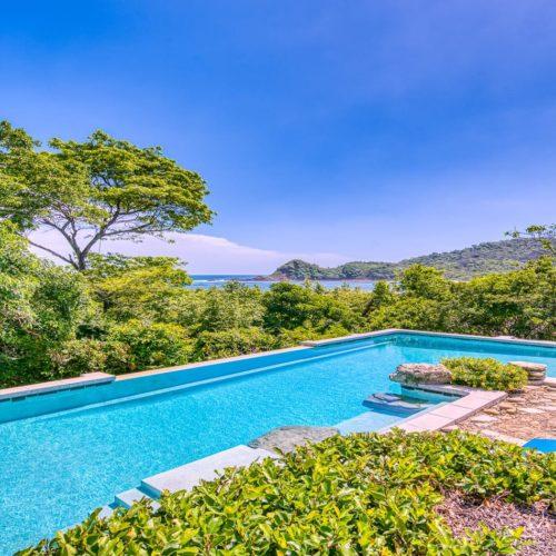 HERO Nicaragua Morgans Rock Pool