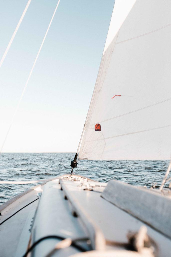 sailboat sea daytime