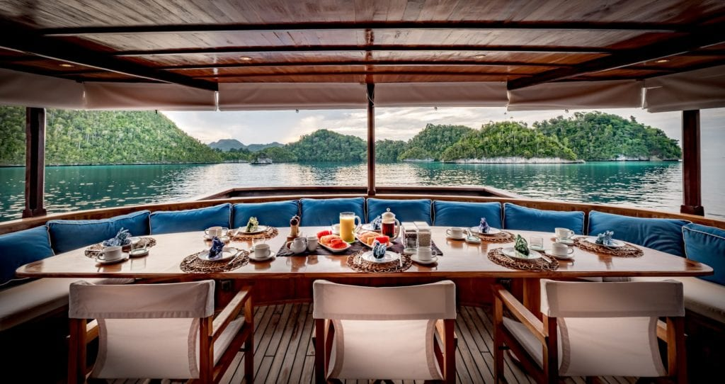 Exterior Dining on board Rascal Yacht