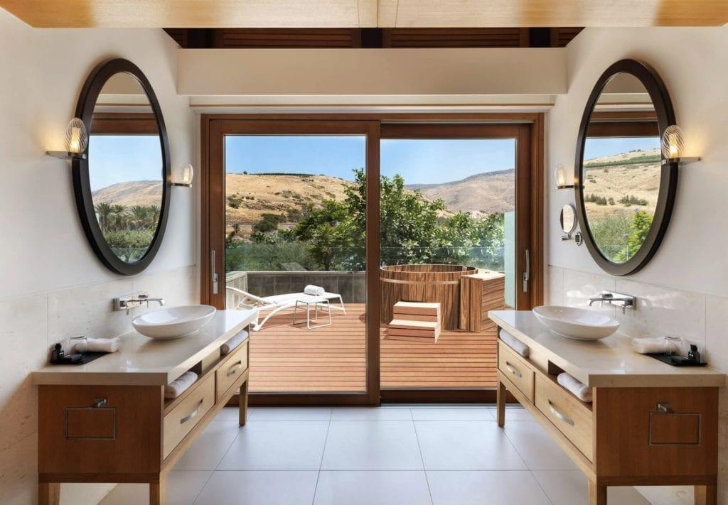 Setai Bathroom Outdoor Tub