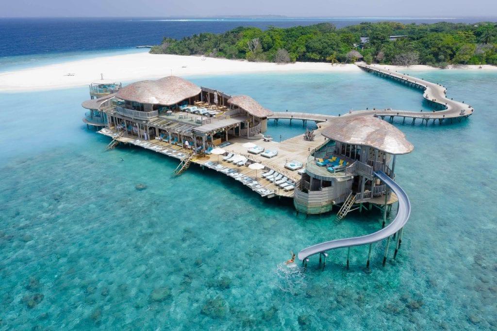 overwater building soneva fushi maldives